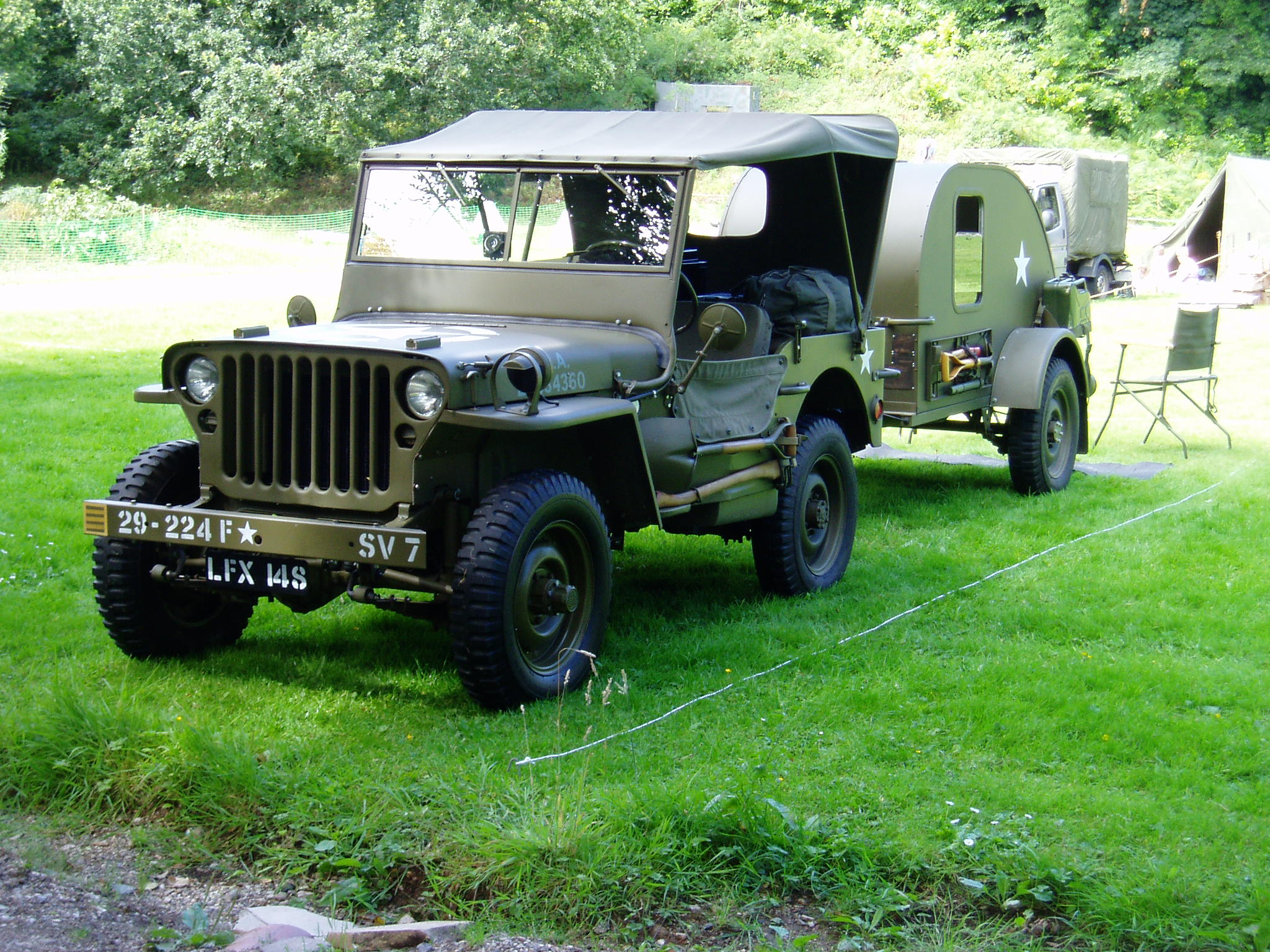 1944 Ford GPW Jeep & Trailer